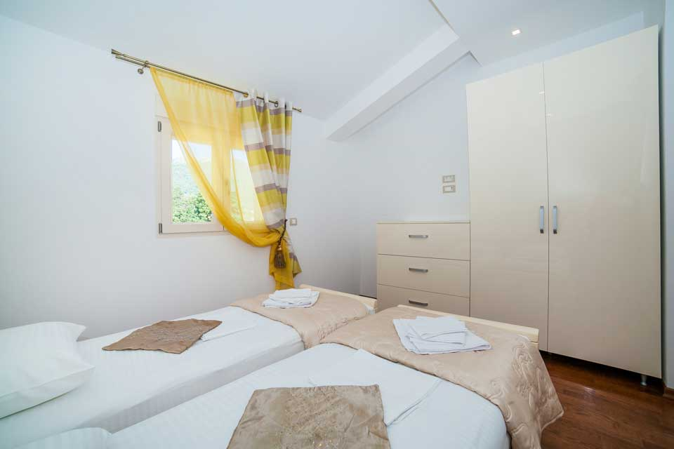 SEA POINT APARTMANI